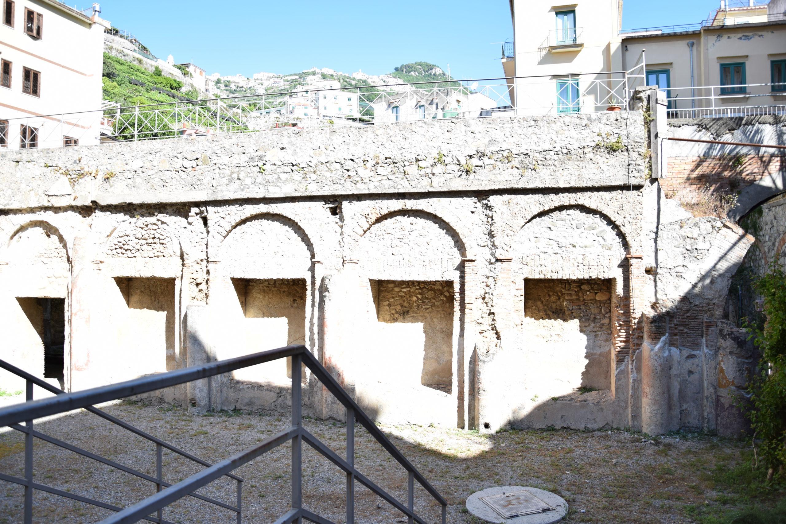 villa romana minori inside